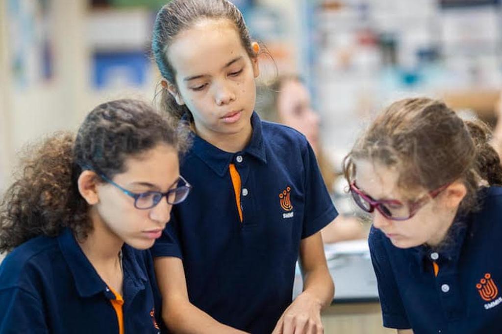 learn budget international school singapore SMMIS